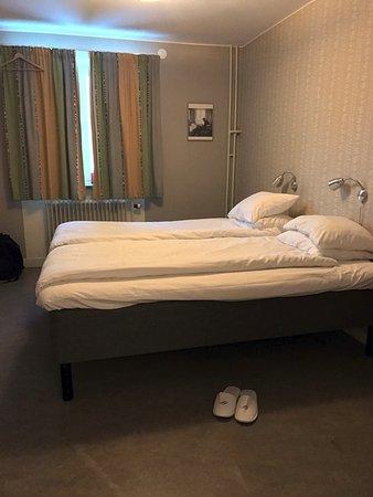 STF Abisko Turiststation: twin bedded room