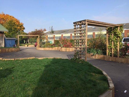 Windmill Hill City Farm: Front garden entrance