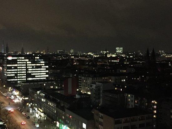 Novotel Suites Hamburg City hotel Photo