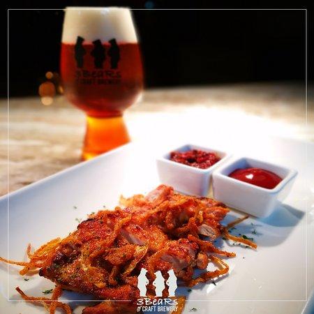 3 BeaRs Craft Brewery: 3 BeaRs Set: Chicken O' Beer + Hunter's IPA