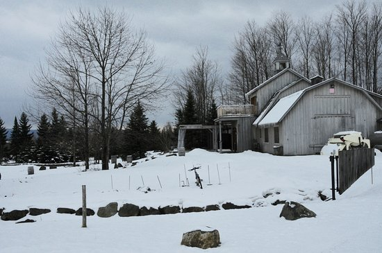 Brome, Kanada: From parking lot to winery