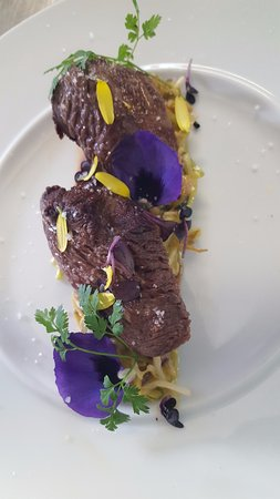 Restaurant Les Begonias: Pavé...
