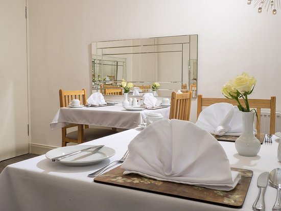 Adam Guest House: Breakfast room