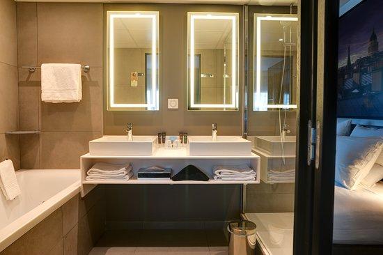 Salle de bain de la Suite - Rénovée en 2017 - Photo de ...