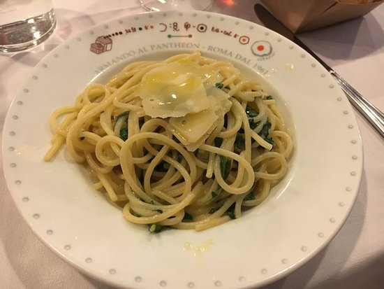 Da Armando al Pantheon: Light vegetarian spaghetti.