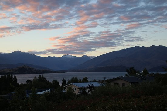 Aspiring Lofts: View from the private balcony of our room, stunning views of Lake Wanaka and the mountains.