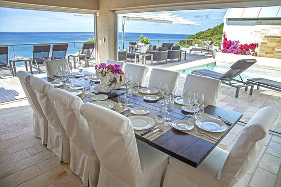 CeBlue Beach Resort : Your private dining room and pool deck