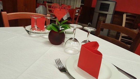 San Valentino Tavolo.Tavolo San Valentino Picture Of Bar Ristorante I Due Cedri