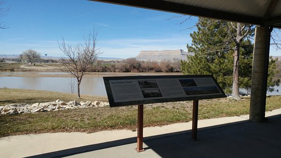 John Wesley Powell River History Museum: Views of the river and informative signage