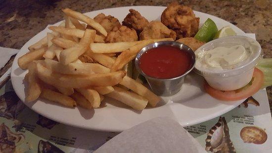Harlingen, TX: Fried oyster plate.