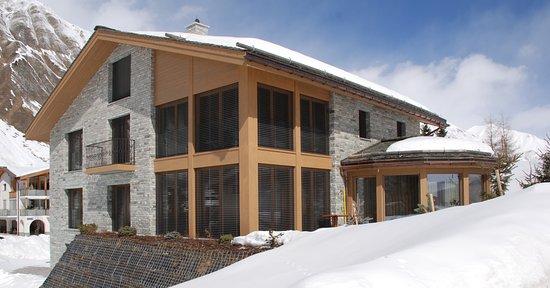 Grischuna Mountain Lodge