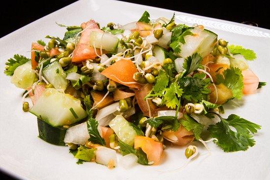 ซันนีไอเอลส์บีช, ฟลอริด้า: Sprout Salad
