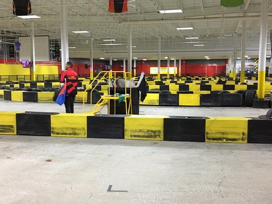 Cheektowaga, NY: Pole Position Raceway - more track
