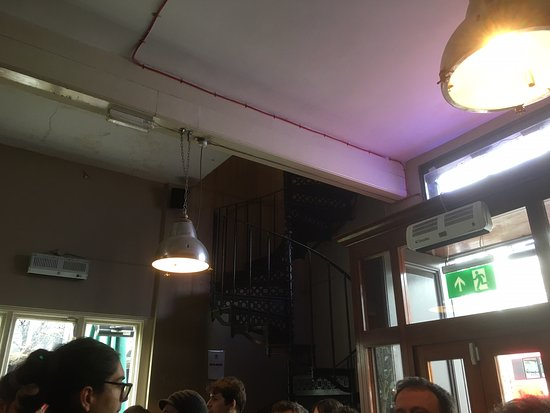 Photo of Pub Euston tap at 190 Euston Road, London NW1 2EF, United Kingdom
