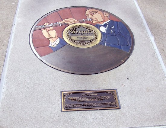 ‪‪Richmond‬, ‪Indiana‬: Gennett Records Walk of Fame located in the Whitewater Gorge Park, Richmond, IN‬