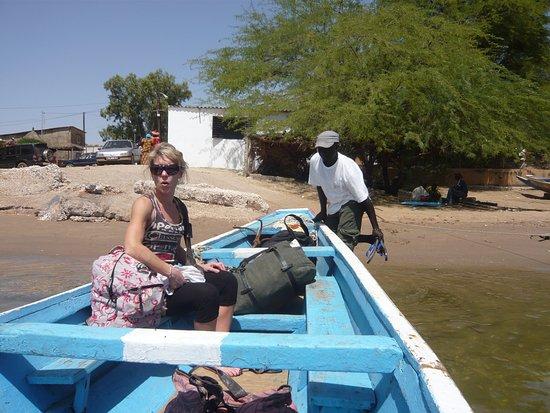 Mar Lodj, Senegal: le piroguier nous accompagnera en chantant, magique!