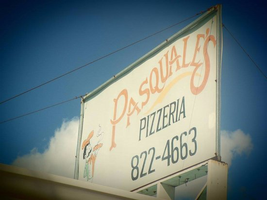 Pasquale's Pizza & Ultimate Wingz: There It Is!!!