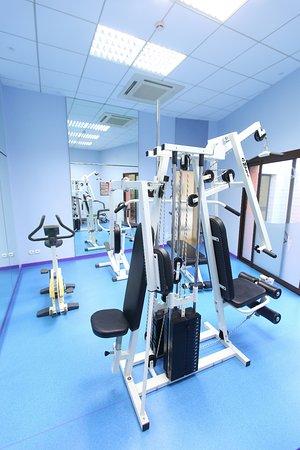 Hôtel Hirondelle : salle de fitness