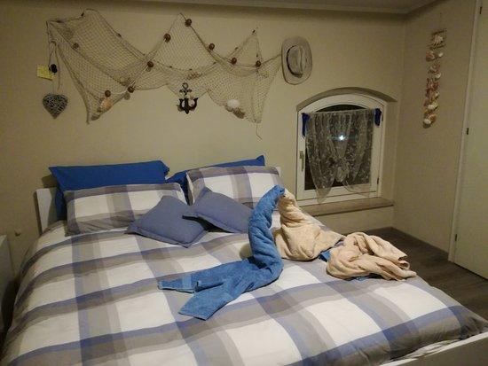 B&B Pozzo dei Desideri: Camera del marinaio