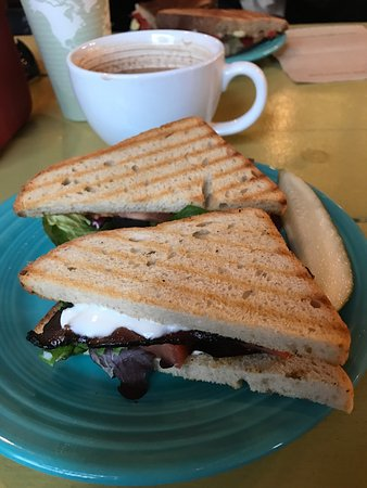 the local grocer: Consistently delicious BLT!