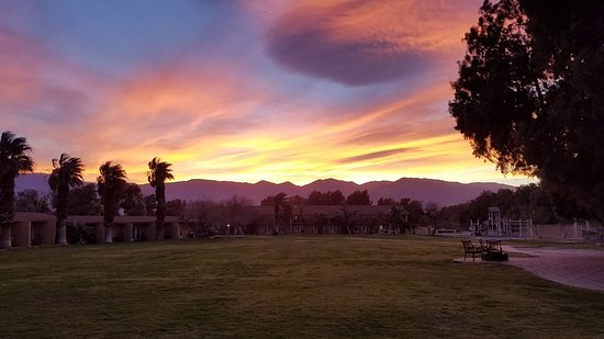 Furnace Creek Inn And Ranch Resort: Furnace Creek Ranch, Sunset From Patio  Outside Room