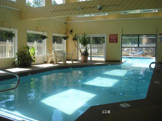 Интервейл, Нью-Гэмпшир: Heated Indoor/Outdoor Pool!
