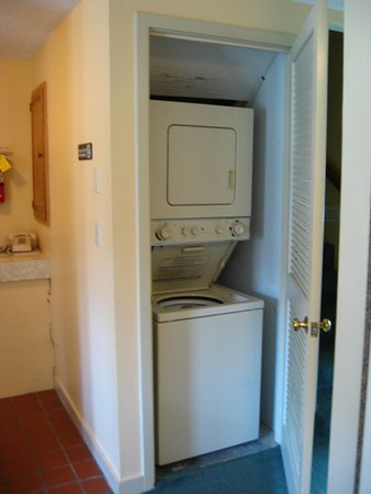 Intervale, New Hampshire: Washer/Dryer in unit