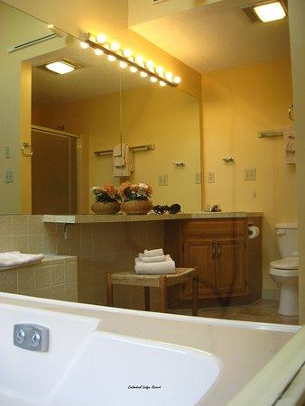Intervale, NH: Private Master Bath
