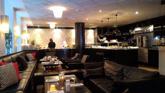 First Hotel Reisen: sala colazione