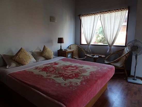 PYI Guesthouse and Restaurant Photo