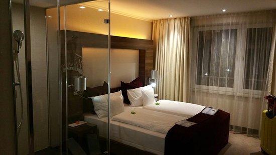 Fleming's Conference Hotel Frankfurt Photo