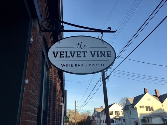 Stonington, Коннектикут: Welcome to The Velvet Vine!