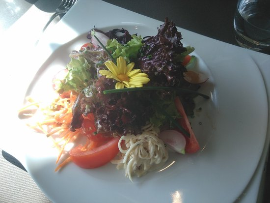 Casino Neuchâtel : salade mêlée