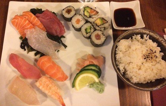 Cafe Japonais : Les makis, sushis, sashimis sont à tomber par terre !!