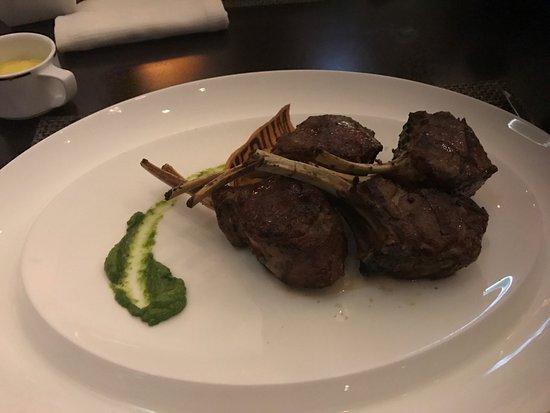 The Rib Room: Lamb chops, main course
