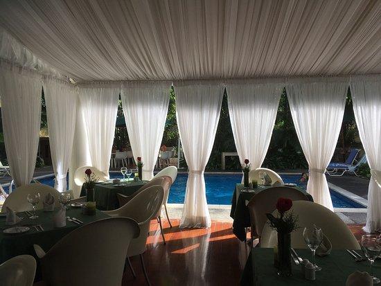 Altamira Suites: Gradevole e piacevole soggiornare in questo Hotel, tutto il personale gentilissimo.