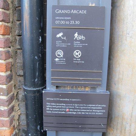 Графство Кембриджшир, UK: Grand Arcade  St. Andrews Street  Cambridge