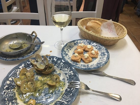 Buena comida picture of bar marucho santander tripadvisor for Comida buena
