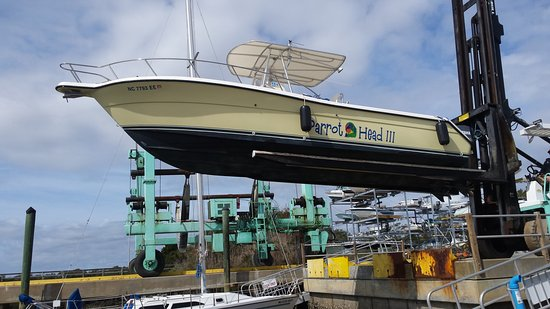 Southport, NC: Launching Parrot Head III.  First time in NC waters