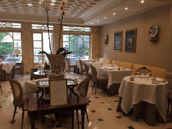 Hotel Orfila: Lovely dining room for the breakfast buffet