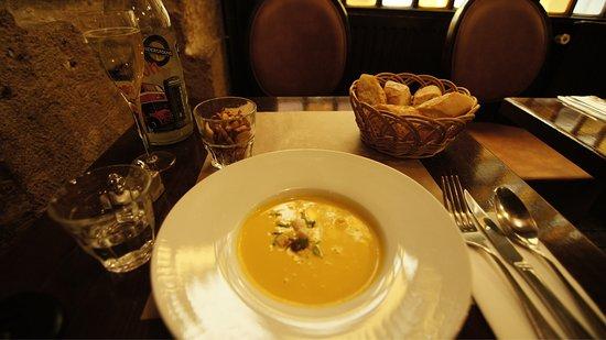 L'Auberge Cafe: photo0.jpg