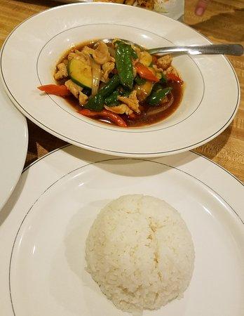 Thai Garden Restaurant: Sweet and Sour Chicken with White Rice