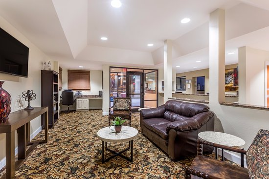days inn suites tifton updated 2017 prices hotel. Black Bedroom Furniture Sets. Home Design Ideas