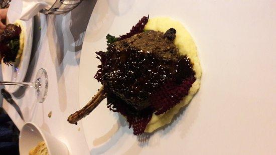 Table 16 Restaurant