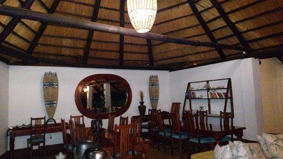 Imbabala Zambezi Safari Lodge: Lobby