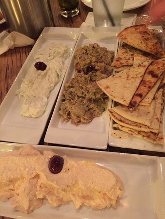 Great Falls, VA: Appetizers and fresh delicious bread