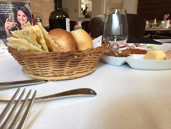 Bellini : Promoção de almoço executivo de segunda a sexta-feira.