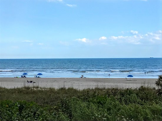 BEST WESTERN Cocoa Beach Hotel & Suites: View from tower building balcony at Best Western