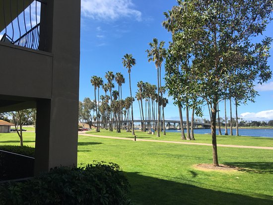The Dana on Mission Bay, BW Premier Collection: Lovely walking trails along the bay