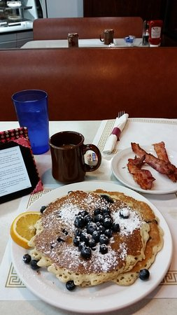 Rock Island, IL: The blueberry pancakes with crispy bacon and coffee
